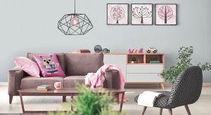 Farby, tapety, płytki, kamień, drewno a może beton? Pomysłów na dekorację ścian w domu jest naprawdę wiele. Ich wybór zależy od przeznaczenia pomieszczenia, naszego budżetu, a także preferowanej stylistyki.