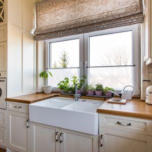 Kuchnia York z drewnianym blatem. Fot. Arino House