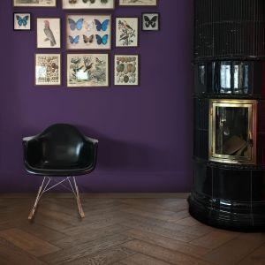 Drewniana podłoga w salonie. Fot. Lareco