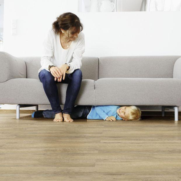 Modna i komfortowa podłoga - zalety paneli winylowych