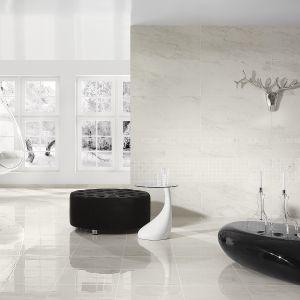Wytworny minimalizm w wielkim formacie: kolekcja Calacatta marki Paradyż My Way. Fot. Ceramika Paradyż