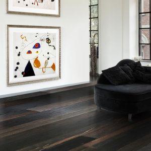 Podłoga z kolekcji Imperi Collection by Lareco w kolorze dąb bagienny. Fot. Lareco