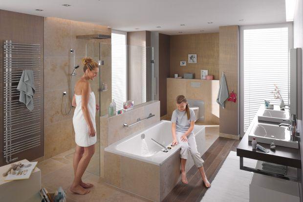 Nowoczesna łazienka - elektroniczna armatura wannowa