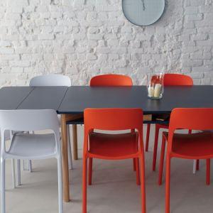 Stół Zeen/Ragaba. Produkt zgłoszony do konkursu Dobry Design 2019.