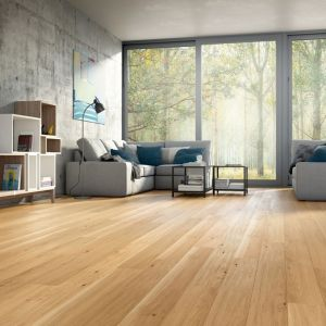 Piękna podłoga z dębu  - deski Dąb Unique. Fot. Baltic Wood
