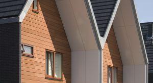 Altanki, tarasy, czy elewacje – coraz więcej elementów na zewnątrz domu wykonywanych jest z drewna. Ten naturalny materiał, ze względu na swoje walory estetyczne i funkcjonalne cieszy coraz większą popularnością wśród zwolenników ekologiczne