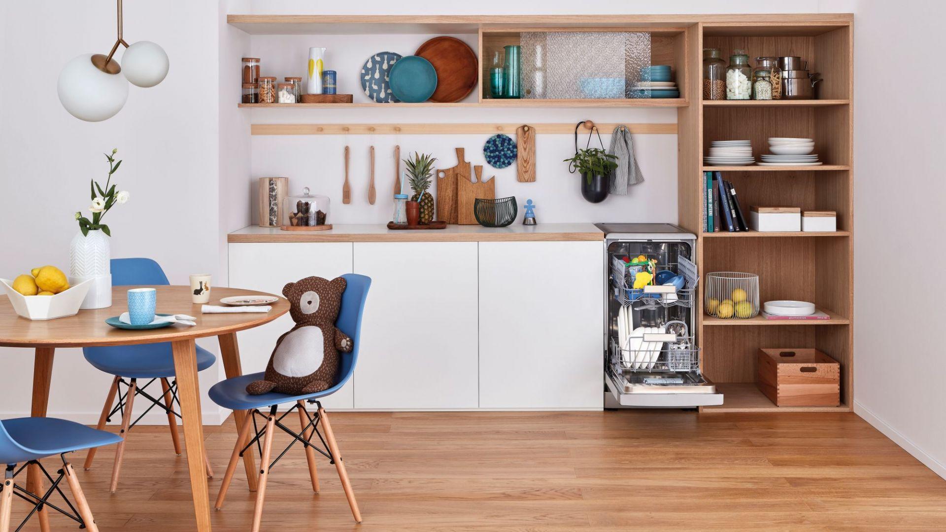 AGD do kuchni - wybieramy szybką zmywarkę. Fot. Indesit