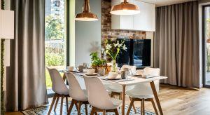 Niewielki dom w stolicy Małopolski zamieszkuje czteroosobowa rodzina.Inwestorzy zdecydowali się powierzyć aranżację wszystkich pomieszczeń projektantce wnętrz Małgorzacie Szpak.