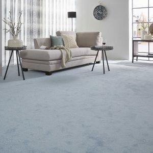 Miękkie, ciepłe wykładziny dywanowe to doskonałe rozwiązanie, kiedy myślimy o przytulnej aranżacji sypialni, salonu czy pokoju dziecka. Fot. Komfort