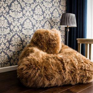 Fotel Keiko Premium z naturalnej skóry owczej (cena: 1594 zł). Fot. Pufy.pl