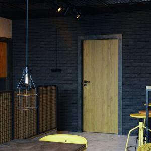 Industrialne wnętrze - dobieramy drzwi. Fot. Porta