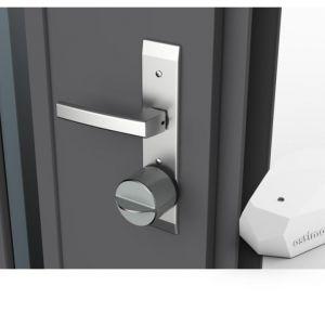 Beacon Proximity to urządzenie przyspieszające automatyczne otwieranie zamka dla aplikacji Gerdalock ; przyklejany na ścianie lub obok drzwi Fot. Gerda