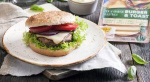 """Burgery to absolutny kulinarny """"pewniak"""", jeśli mamy ochotę na sycącą przekąskę, albo oryginalne menu podczas imprezy. Pomysłów na burgery jest nieskończenie wiele!"""