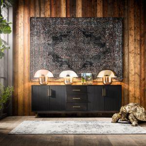 Lampy stołowe Mushroom z podstawą w złotym wykończeniu. Fot. Kare Design / LePukka