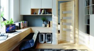 Wygodne biurko, krzesło i sprzęt to czasem zbyt mało, by w domowym zaciszu stworzyć miejsce, które będzie sprzyjało efektywnej pracy. Ważną kwestią jest również odpowiedni dobór pozostałych mebli, drzwi, kolorów czy obecność ulubionych dr