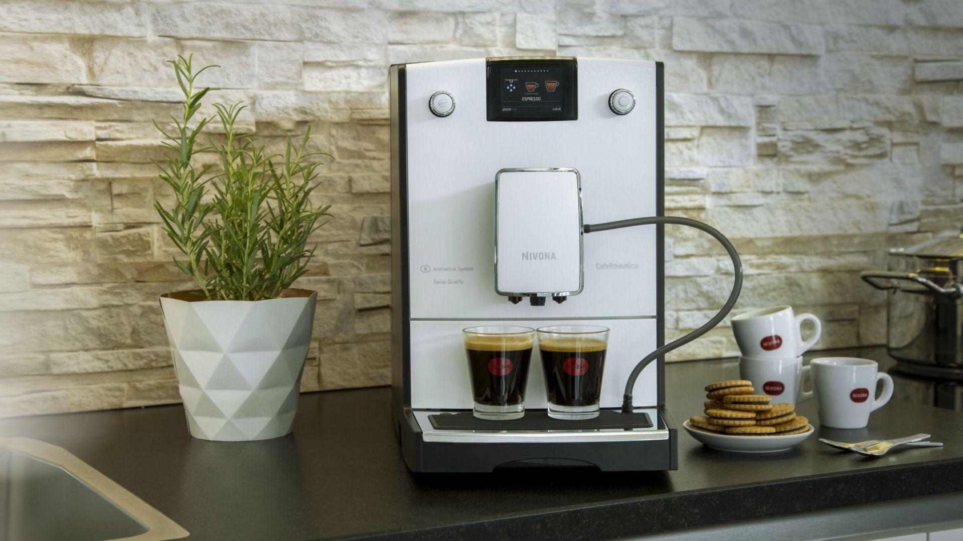 Kawa w wielkomiejskim stylu. Ekspres CafeRomatica serii 7. Fot. Nivona