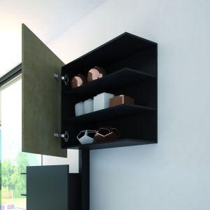 Lżejsze fronty pozwalają zrezygnować zmasywnej konstrukcji mebli na rzecz bardziej finezyjnej bryły mebli.  Fot. Hettich
