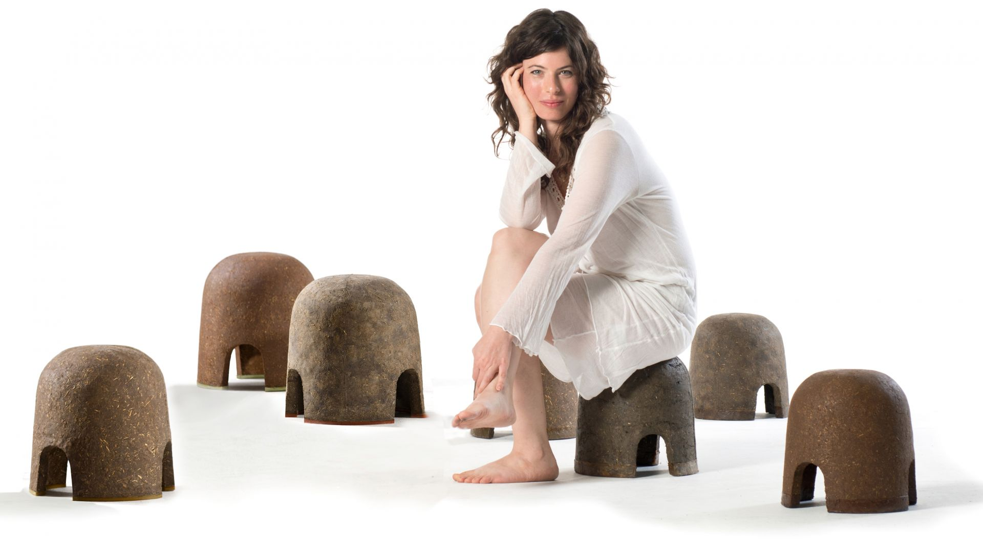CRIATERRA Stools by Adital Ela  photo by Shay Ben Efrayim - Copy.jpg