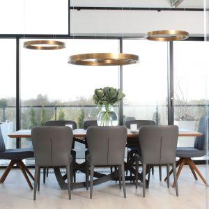 Pomysł na oświetlenie salonu. Projekt: Magdalena Lehmann. Fot. Bartosz Jarosz