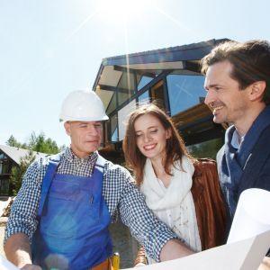 Wykańczając dom warto pamiętać, że prawdziwą oszczędnością będzie inwestycja w materiały najwyższej jakości. Fot. 123rf.com
