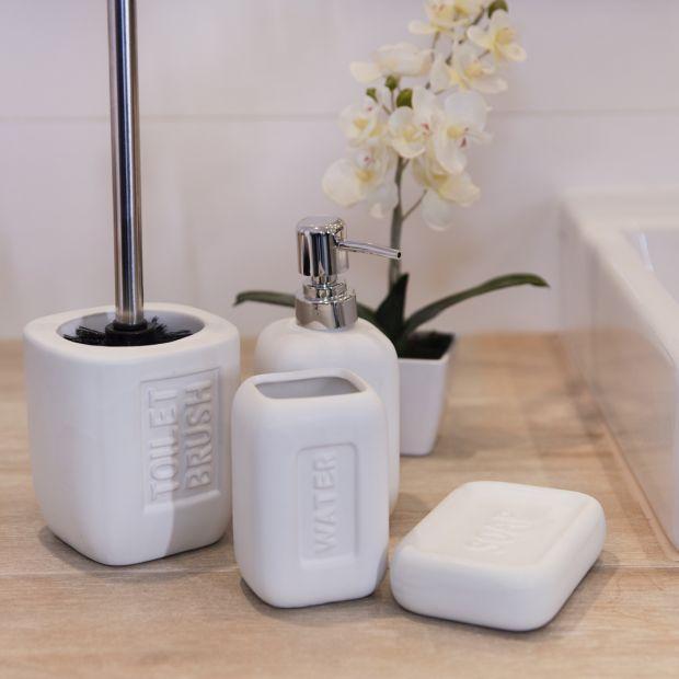 Akcesoria do łazienki - drobiazgi odmienią wnętrze