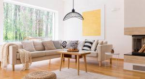 Minimalizm w projektowaniu wnętrz nie wychodzi z mody. Lubimy jasne barwy i harmonię pomieszczeń nieprzytłoczonych dużą liczbą detali. Przedmioty minimalistyczne cechuje prostota, funkcjonalność i oszczędność formy.