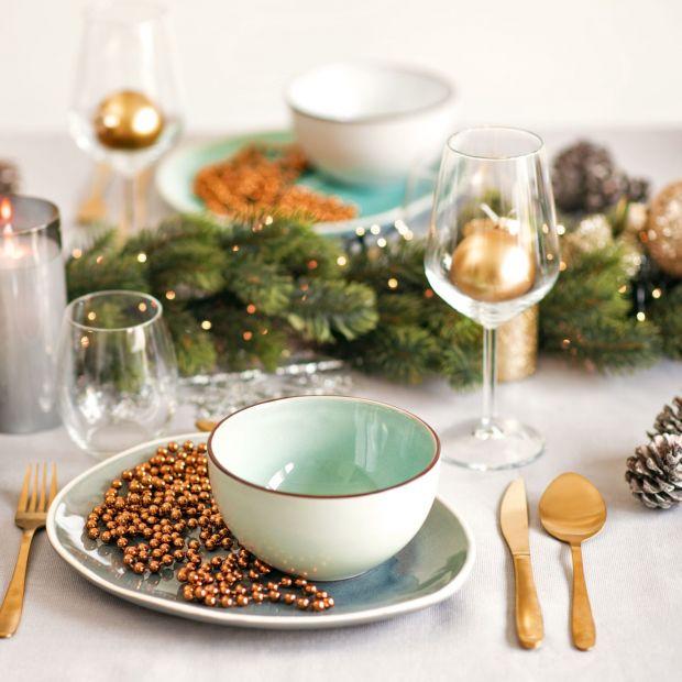 Dekoracja świątecznego stołu na każdą kieszeń
