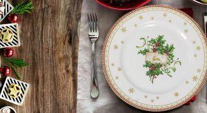 Wyjątkową świąteczną atmosferę warto podkreślić również okolicznościowym nakryciem stołu. Zobaczciepiękną porcelanę.