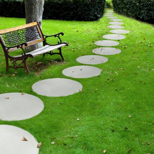 Nawierzchnie ogrodowe - okrągła płyta na ścieżki
