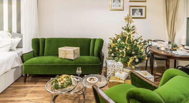 Dom na Święta: piękne dekoracje w zieleni i złocie