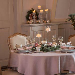 Świąteczny stół - inspiracje. Fot.  AlmiDecor