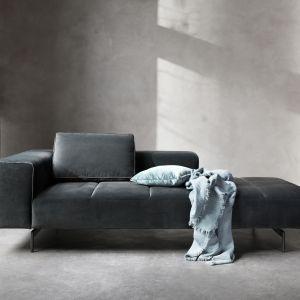 Sofa Amsterdam zaprojektowana przez  Henrika Pedersena. Fot. BoConcept