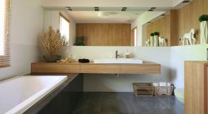 Jak urządzićwygodną i ładnąłazienkę dla rodziny? Podpowiada architekt Urszula Chojnowska.