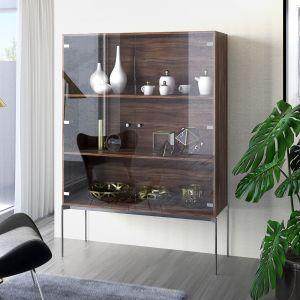 Niezwykle efektowne szklane witryny nadadzą elegancji każdemu salonowi. Fot. Sensys