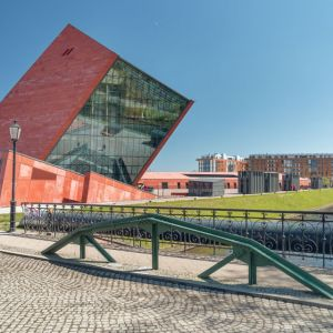 Muzeum II Wojny Światowej, Gdańsk, Studio Architektoniczne Kwadrat. To największe historyczne muzeum w Polsce. Wystawa główna - zlokalizowana na najniższym poziomie budynku, 14 metrów pod ziemią - zajmuje powierzchnię niemal 5 tys. mkw. Fot. materiały prasowe