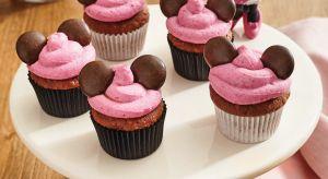 Myszka Miki na przyjęciu urodzinowym Twojego malucha? Niezwykłe Boże Narodzenie w towarzystwie księżniczki Elsy? To nie żart! Ulubieni, bajkowi bohaterowie mogą stać się gośćmi każdego przyjęcia.
