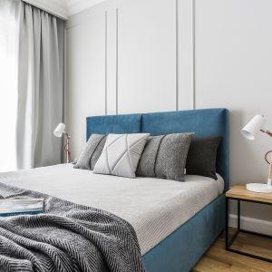 Aranżacja sypialni - wykończenie ściany za łóżkiem. Projekt: Anna Maria Sokołowska. Fot. Foto&Mohito