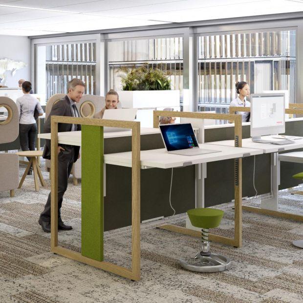 Biurko do pracy w pozycji stojącej - zadbaj o swój kregosłup