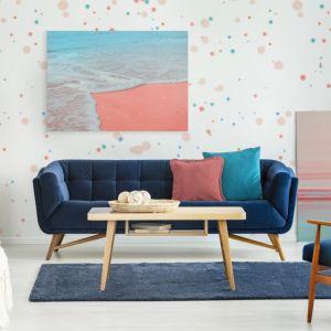 Living Coral - kolor roku 2019 we wnętrzach. Fot. Pixers
