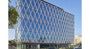 Villa Metro, projekt autorstwa pracowni DA Dziuba Architekci, jest jednym z nielicznych w Warszawie biurowców, który spełnia normy Certyfikatu LEED Gold z uwzględnieniem rygorystycznych wymogów międzynarodowego systemu certyfikacji budynków pod ką