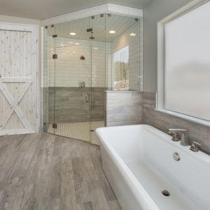 Drzwi łazienkowe Loft X Radex. Fot. 4iQ