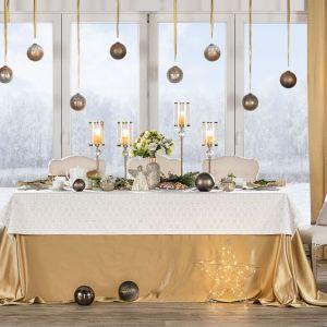 Dekoracja stołu na święta. Fot. Dekoria