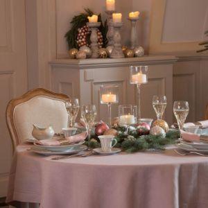 Stół na święta. Fot. AlmiDecor