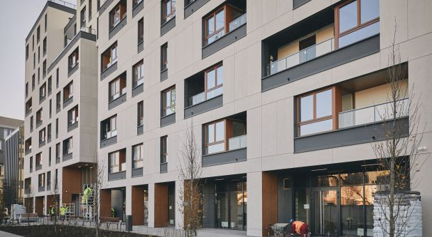 """Pierwszy w Polsce budynek mieszkalny z certyfikatem """"Obiekt bez barier"""" - Holm House oddany do użytku"""