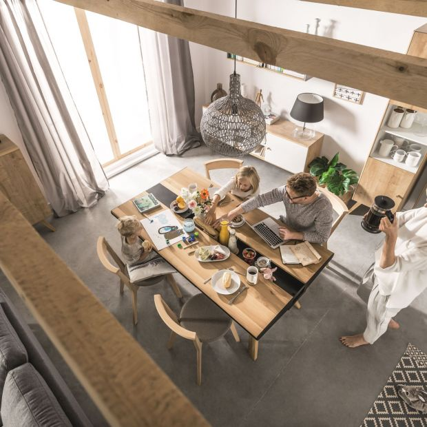 Rodzinna jadalnia - 7 pomysłów na piękny stół
