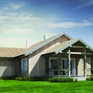 Projekt domu o powierzchni użytkowej 112 metrów kwadratowych jest kompaktowy, bezpretensjonalny i funkcjonalny. Dodatkowo można wybrać go w wersji murowanej lub drewnianej. Dom N14. Projekt: arch. Sylwia Strzelecka. Fot. S&O Projekty Sylwii Strzeleckiej