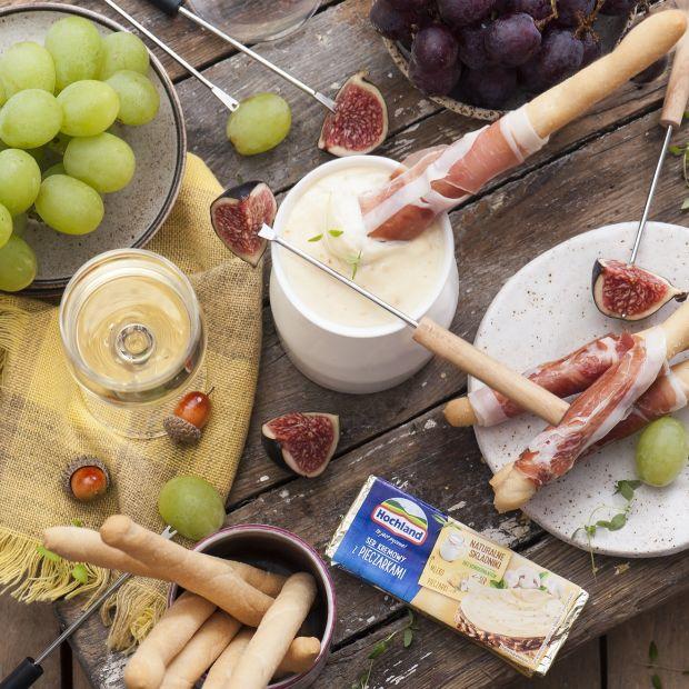 Przepis na wieczór z przyjaciółmi - serowe fondue