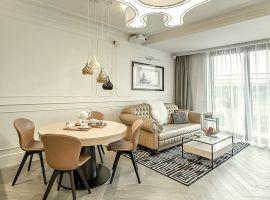 Krakowski apartament Angel Plaza: tutaj tradycja spotyka nowoczesność. Projekt: Mango Studio. Fot Marcin Sroka