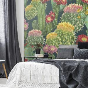 Fototapeta z motywem egzotycznej flory podkreśli charakter aranżacji. Fot. Pixers
