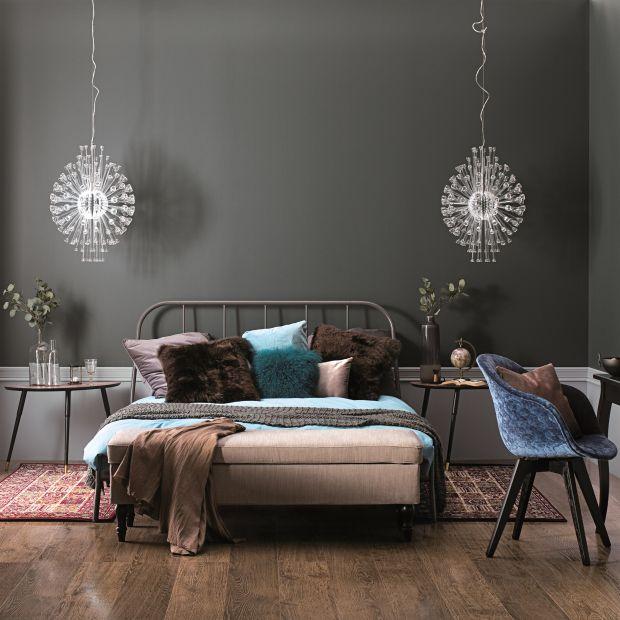 7 pomysłów na ścianę za łóżkiem